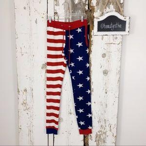 b8a490d12656 -Men s- NWOT American flag knit joggers tipsyelves